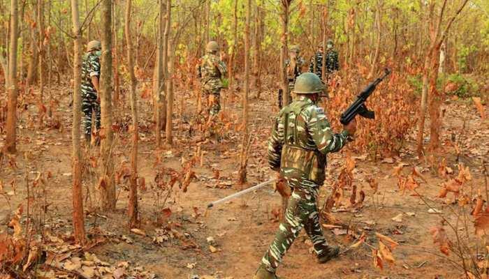 Maharashtra: Gadchiroli में पुलिस की बड़ी कार्रवाई, Encounter में 13 नक्सली ढेर