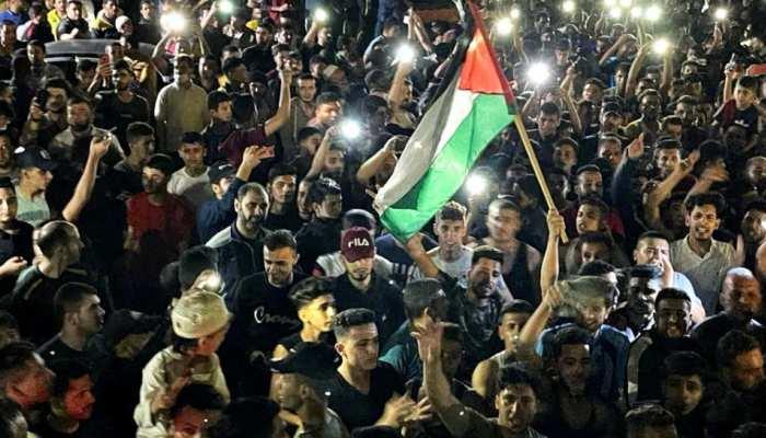 सीजफायर: Hamas के लड़ाकों ने Gaza सिटी में निकाली परेड, पहली बार सामने आया टॉप कमांडर Yahya Sinwar