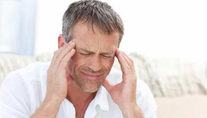 Headache: क्या सिर्फ एक तरह का होता है सिरदर्द? जानें इसके कारण, लक्षण और इलाज