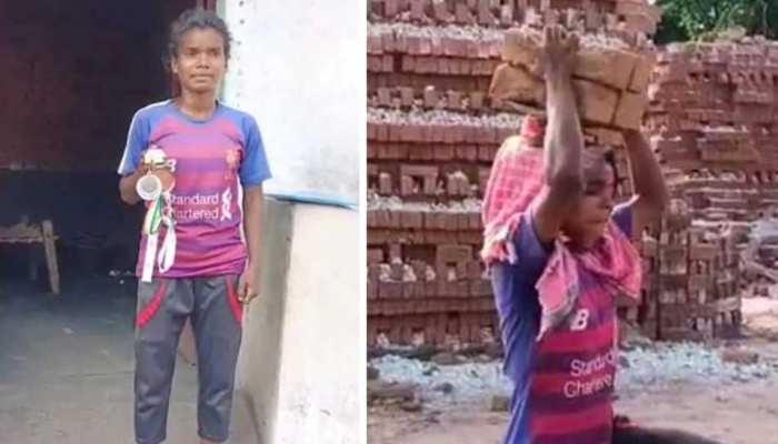 Corona के दौर में महिला फुटबॉलर ईट-भट्ठे में मजदूरी करने को मजबूर, Kiren Rijiju ने किया मदद का ऐलान