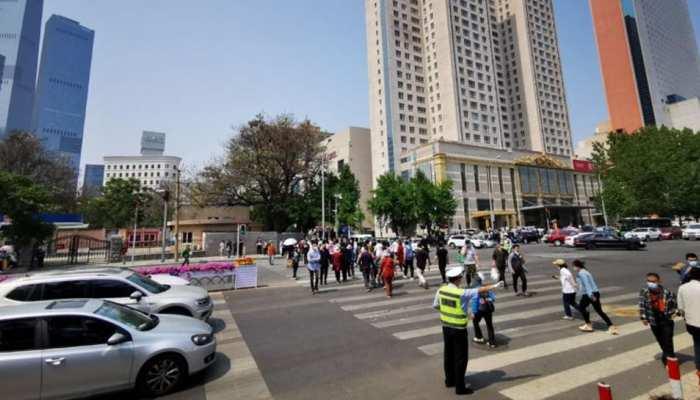 China: निवेश में हुआ घाटा तो गुस्से में लोगों पर चढ़ा दी कार, 5 लोगों की मौत