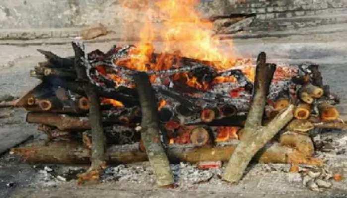 बेतिया के इस गांव में 20 दिनों में 20 लोगों की मौत, प्रशासन Corona का कहर मानने को तैयार नहीं