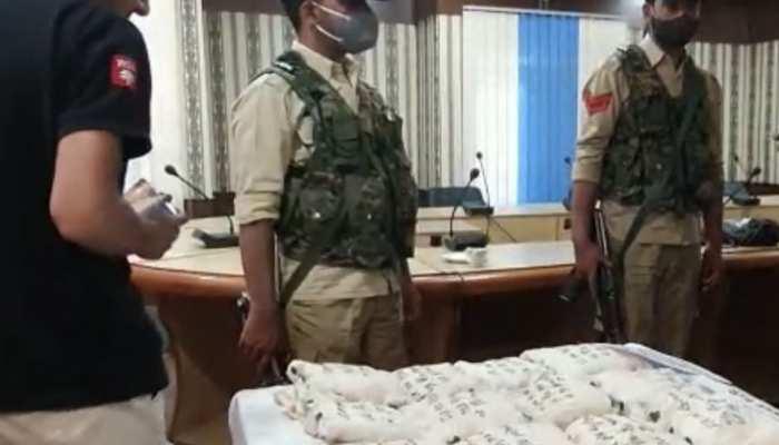 Jammu Kashmir: कुपवाड़ा में पाकिस्तान समर्थित Narco-Terrorist मॉडयूल का खुलासा, 8 करोड़ रुपये की हेरोइन बरामद