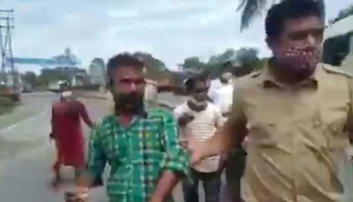 सोशल मीडिया पर वायरल हुआ 'असली चाय प्रेमी' का वीडियो, पुलिस के सामने की ऐसी हरकत