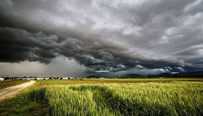 चक्रवात का असर धीमा पड़ा, लेकिन UP के इन जिलों में 2 जून तक बदला रहेगा मौसम का मिजाज