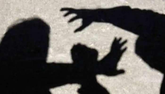 समधन से हैवानियत: बेटी से बलात्कार की धमकी देकर मां से किया दुष्कर्म, फिर साले के साथ मिलकर गैंगरेप