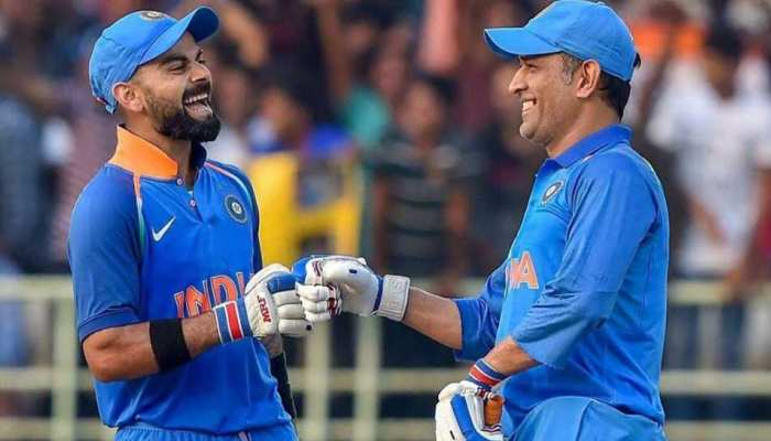 Virat Kohli और MS Dhoni के बीच कैसा है रिश्ता? भारतीय कप्तान ने 2 लफ्जों में दिया जवाब
