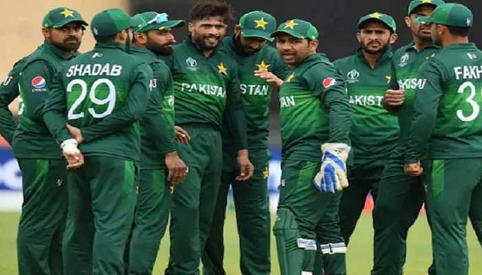 अंतरराष्ट्रीय स्तर पर पाकिस्तानी खिलाड़ी फिर बेइज्जत, फ्लाइट में घुसने की नहीं मिली अनुमति
