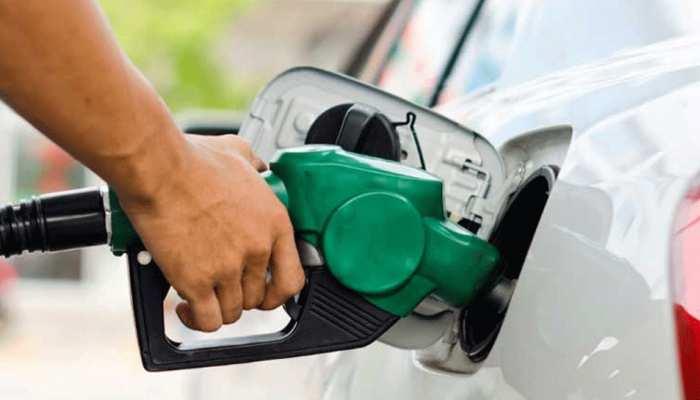 पेट्रोल-डीजल की कीमतों में हर तीसरे दिन भभक रही आग, जानिए नई कीमतें