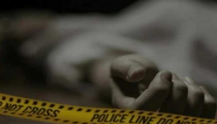 नोएडा में बंद कमरे में मिला युवक-युवती का शव, हत्या या आत्महत्या पुलिस कर रही जांच