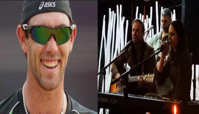 AB de Villiers ने पिता के जन्मदिन पर गाया गाना तो Glenn Maxwell ने उड़ा दिया मजाक