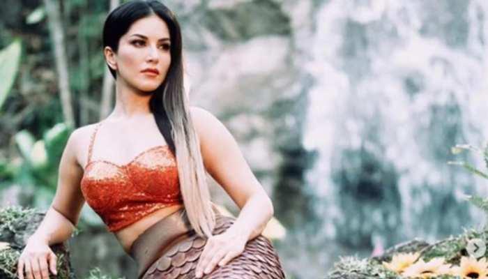 सेट पर Sunny Leone के साथ हुआ मजाक, डर के मारे उछल पड़ी एक्ट्रेस