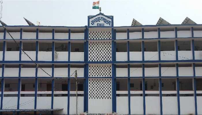Sheikhpura: कृषि कार्यालय में लाखों रुपये की हेराफेरी, जिला कृषि अधिकारी ने की जांच की मांग