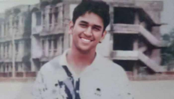 CSK ने शेयर की MS Dhoni की बरसों पुरानी तस्वीर, Yellow Army के Fans ने जमकर लुटाया प्यार