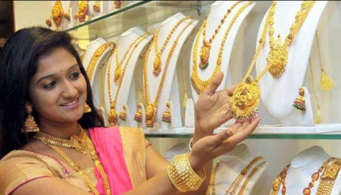 Gold Price Today, 07 June 2021: सोना हो गया सस्ता, 49,000 रुपये के नीचे फिसले रेट, चांदी भी टूटी
