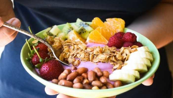 Breakfast Tips: दिनभर एनर्जेटिक रहने के लिए नाश्ते में जरूर खाएं ये चीजें, एक्सपर्ट्स ने बताए गजब के लाभ