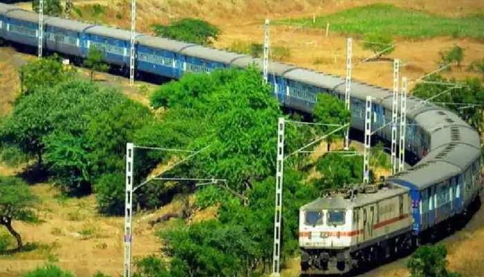 Indian railways: इन रूट्स पर फिर सरपट भरेंगी ये ट्रेनें, UP-बिहार समेत इन राज्य के यात्रियों को लाभ, देखें पूरी लिस्ट
