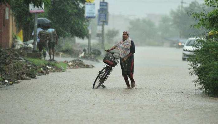 Bihar में भारी बारिश के साथ-साथ बिजली गिरने के आसार, वेदर डिपार्टमेंट ने जारी किया अलर्ट