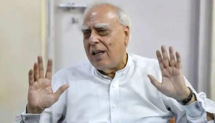 जितिन प्रसाद के कांग्रेस छोड़ने पर भड़के कपिल सिब्बल, बोले- 'हम आया राम-गया राम से प्रसाद पॉलिटिक्स पर चले गए'