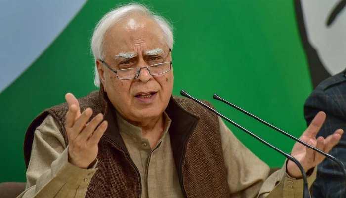 कांग्रेस के मौजूदा हालात और प्रधानमंत्री को लेकर पूर्व मरकजी वजीर कपिल सिब्बल ने दिया बड़ा बयान