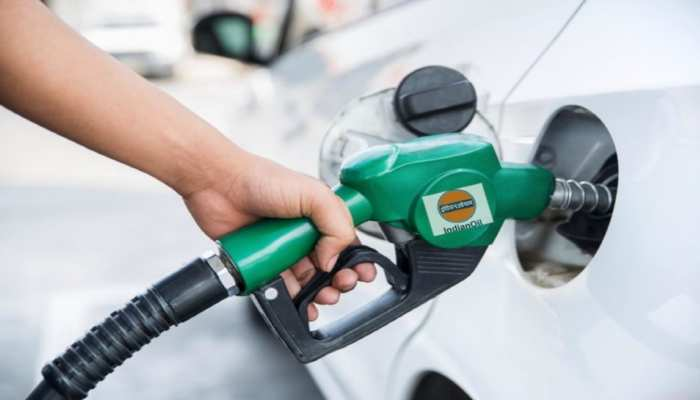 Petrol Price Today 14 June 2021: पहली बार डीजल पहुंचा 100 रुपये के पार! पेट्रोल ने भी बनाया महंगाई का नया रिकॉर्ड