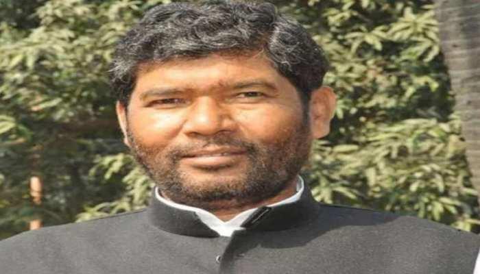 Bihar: पशुपति पारस ने नीतीश कुमार को बताया 'विकास पुरुष', कहा- LJP को तोड़ा नहीं बचाया है
