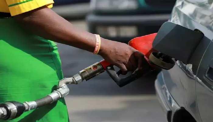Bihar: पेट्रोल-डीजल की कीमतों ने छुआ आसमान! 7 जिलों में पेट्रोल की कीमत 100 रुपये प्रति लीटर के पार