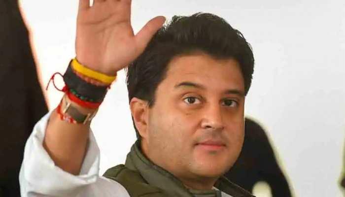 Jyotiraditya Scindia के मंत्री बनने की संभावना से कई नेता चिंतित, 'चंबल' क्षेत्र की सियासत पर पड़ सकता है असर!