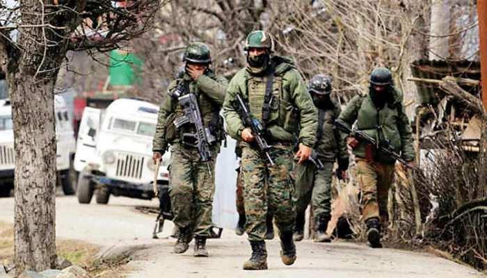 Jammu-Kashmir: नौगाम में सुरक्षा बलों और आतंकियों के बीच मुठभेड़ जारी, मारा गया 1 आतंकी