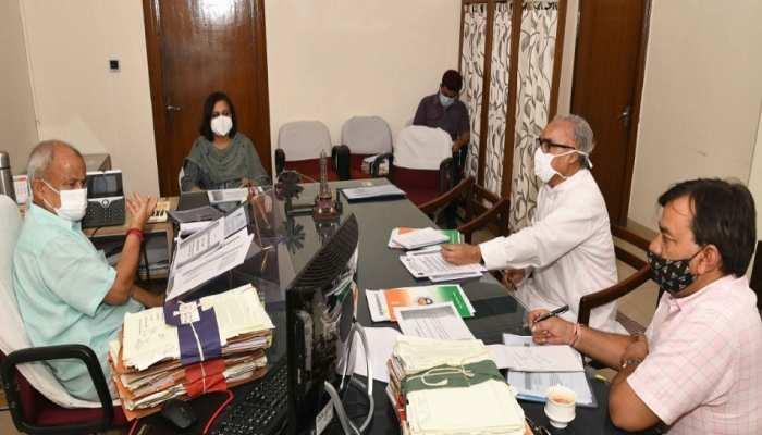 संस्कृत शिक्षा विभाग में लंबित भर्तियां जल्द की जाएं पूरी: मंत्री डॉ. सुभाष गर्ग