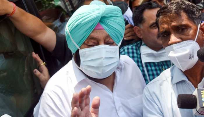 Punjab: Congress विधायकों के बेटों को सरकारी नौकरी देने पर विवाद, CM Amarinder Singh ने दी सफाई