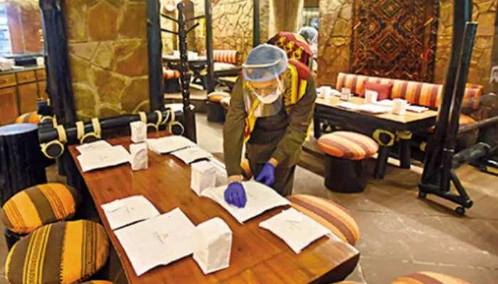 Delhi Unlock-4: दिल्ली में बार-रेस्टोरेंट खोलने की मिली इजाजत, रात 10 बजे तक लोग कर सकेंगे एंज्वॉय