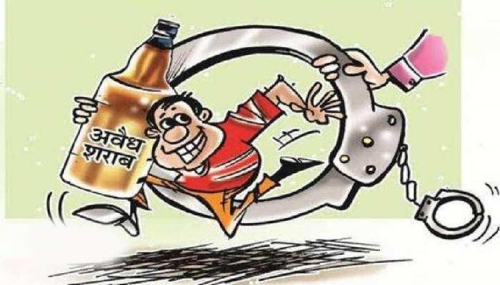 Bettiah में अवैध शराब का भंडाफोड़, उपमुखिया के लड़के सहित कई तस्कर गिरफ्तार