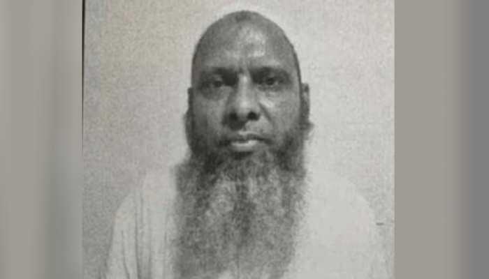 श्याम गौतम इस्लाम से जुड़ी 40-50 किताबें पढ़ धर्मांतरण गैंग का 'मास्टरमाइंड' मो. उमर बन गया