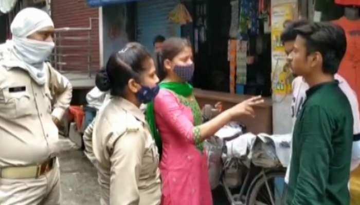 मास्क न लगाने पर महिला सिपाही ने रोका तो युवक ने फाड़ दी वर्दी, आरोपी गिरफ्तार