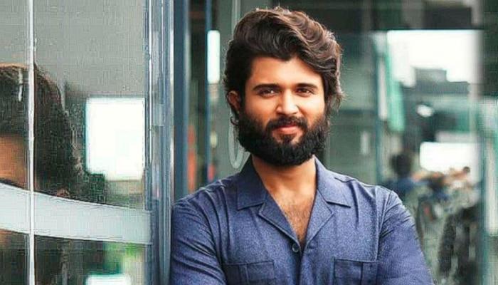 'लाइगर' से बॉलीवुड में डेब्यू करने जा रहे हैं विजय देवरकोंडा, रिलीज से पहले ही मिला 200 करोड़ रुपये का ऑफर!