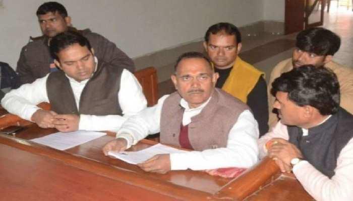 सपा के पूर्व विधायक रामेश्वर सिंह यादव और उनके भाई भू माफिया घोषित, अवैध संपत्तियों पर चला बुलडोजर