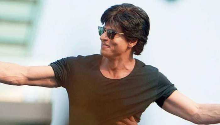 Shahrukh Khan ने कहा कुछ भी पूछ लो, फैन ने किया अजब सवाल फिर एक्टर ने भी दिया गजब जवाब