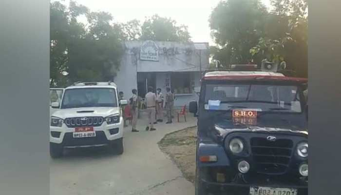 पुलिस चौकी से चोरी हो गईं बंदूकें और कारतूस, क्या इस तरह चंबल की सुरक्षा करेगी पुलिस?