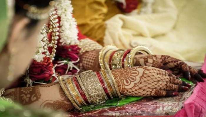 Viral News: मंडप में 6 फेरे पूरे कर दुल्हन ने तोड़ दी शादी, कहा- दूल्हा पसंद नहीं