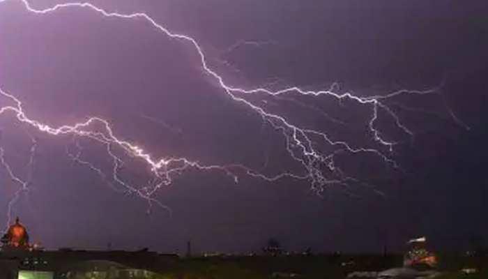 MP Monsoon News: जबलपुर, रीवा, शहडोल और इंदौर में बारिश की संभावना, येलो अलर्ट