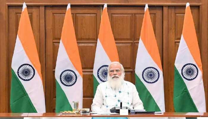 PM मोदी ने कैबिनेट से कहा, वैक्सीन के लिए लाइन में लगिए, देखिए लोगों को क्या दिक्कत आ रही है