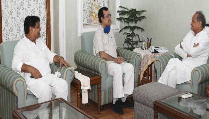गहलोत-माकन की मुलाकात से मंत्रिमंडल विस्तार के कयास तेज, पायलट गुट के विधायकों से भी होगी मुलाकात