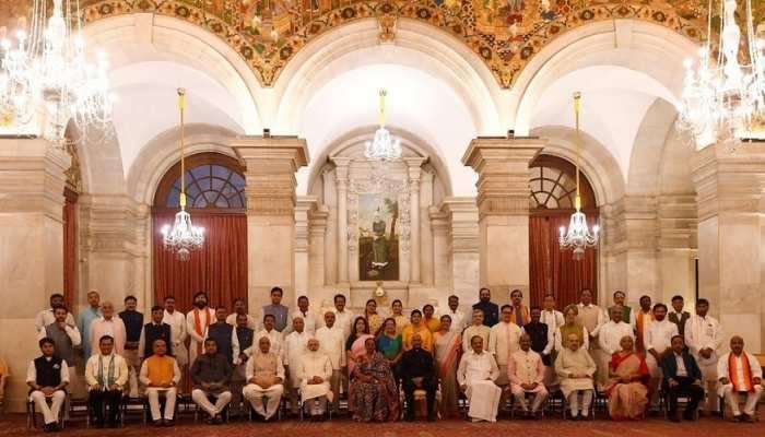 मोदी की नई टीम में उत्तर प्रदेश का जलवा, पीएम सहित 15 हुई केंद्रीय मंत्रियों की संख्या