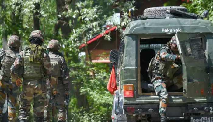 Pulwama: सिक्योरिटी फोर्सेज को मिली बड़ी कामयाबी, 4 आतंकियों को किया ढेर