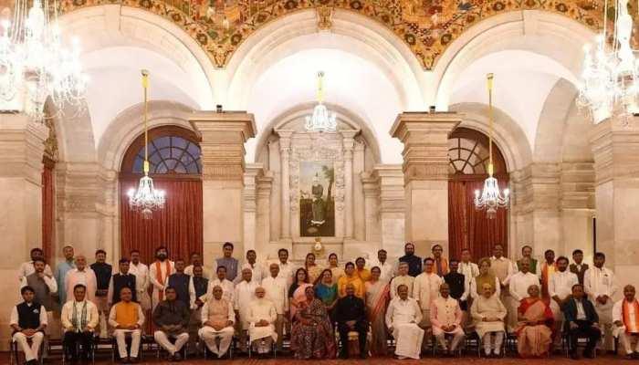 ବଢିଲା କେନ୍ଦ୍ରମନ୍ତ୍ରୀଙ୍କ ସଂଖ୍ୟା, ଜାଣନ୍ତୁ PM Modi ଙ୍କ ସମ୍ପୂର୍ଣ୍ଣ ମନ୍ତ୍ରୀମଣ୍ଡଳ