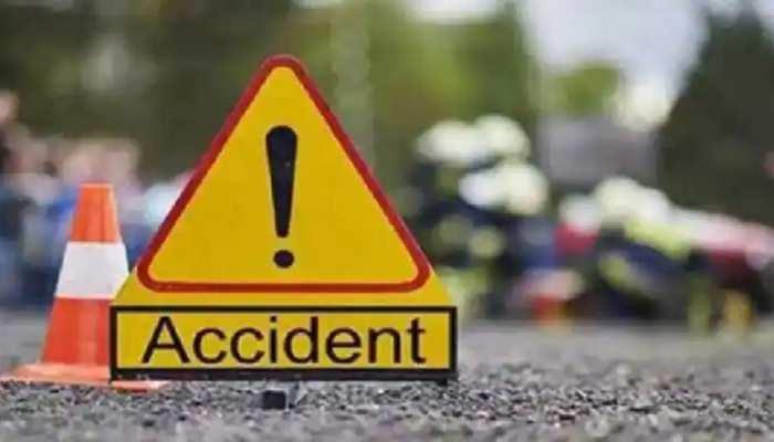 मुजफ्फरपुर में 40 फीट गहरे गड्ढे में गिरी अनियंत्रित कार, 2 की दर्दनाक मौत