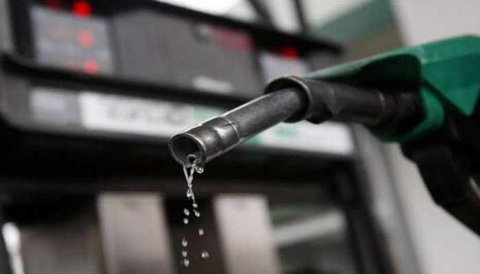 Petrol Price Today 12 July 2021: डीजल की कीमतों में आज हुई कटौती, लेकिन पेट्रोल के दाम फिर बढ़े, जानिए ताजा रेट