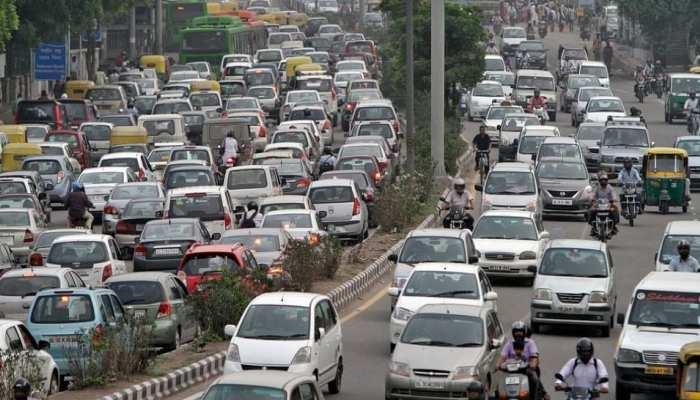 Vehicle Registration Cancelled: Delhi-NCR के 74021 वाहनों का रजिस्ट्रेशन रद्द, इस सीरीज की गाड़ियां सड़क पर दिखें तो करें शिकायत