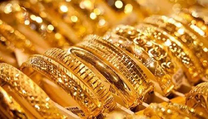 Gold Price: लगातार गिर रहा सोने का भाव, रिकॉर्ड कीमत से 8,000 रुपये हुआ सस्ता